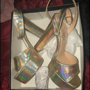 Size 10 Gold Metallic Heels